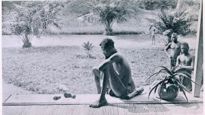 Nsala_of_Wala_in_Congo_looks_at_the_severed_hand_and_foot_of_his_five-year_old_daughter_19041